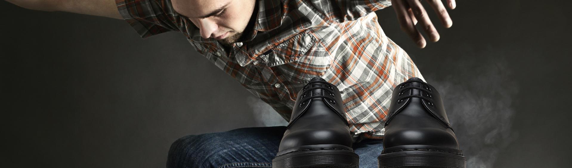 scarpe-Dr.-Martens-scarpelli-calzature-prato