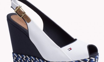 Tommy Hilfiger per un week end con le zeppe